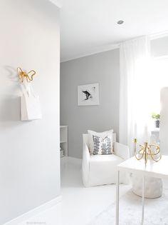 Office Decor, Home Office, Elegant Living Room, White Aesthetic, Living Room Decor, New Homes, Interior Design, House, Inspiration