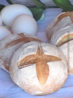 Wielkanocne chlebki do koszyczka Easter This Year, Fish And Chips, Bread, Holidays, Cooking, Breakfast, Recipes, Food, Easter Activities
