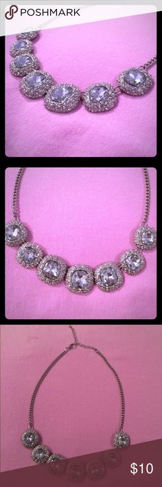 💎Chunky silver faux diamond necklace Great piece of jewelry to use as a statement piece. Looks really gorgeous and is perfect for a night out or for formal events like prom. Only worn once and in like new condition! Jewelry Necklaces