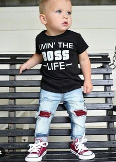 Cool Kids Fashion Outfit Inspo with Graphic T-Shirt Baby Outfits, Outfits Niños, Toddler Boy Outfits, Kids Outfits, Toddler Boy Fashion, Little Boy Fashion, Kids Fashion, Baby Boy Swag, Baby Boys