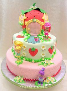 Strawberry Shortcake cake birthday.