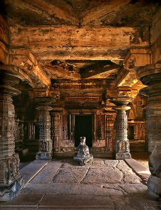 IM06-33 Indian Temple Architecture, India Architecture, Historical Architecture, Ancient Architecture, Temple Ruins, Hindu Temple, Ancient Ruins, Beautiful Places To Travel, Fantasy Landscape