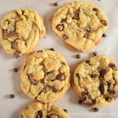 Perfect Chocolate Chip Cookies - Adventures of a DIY Mom Choclate Chip Cookie Recipe, Perfect Chocolate Chip Cookies, Chocolate Chip Recipes, Cookie Recipes, Baking Recipes, Dessert Recipes, Desserts, Best Baking Sheets, Fudge Sauce