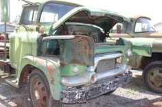 '58 GMC 450-Series LCF (Low Cab Forward) Snubnose, Cabover