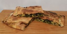 Pizza stuffed with spinach