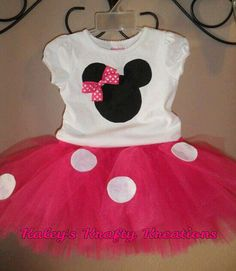 Put dots on Kacie's bday tutu for her party. Minnie Mouse Birthday Outfit by kaleynimmons on Etsy