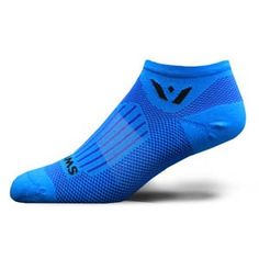Swiftwick Aspire Zero Blue Style Number: ZC260ZZ Blue Check out all our Swftwicks Perfect for narrow feet, the ASPIRE compression sock is constructed for unmatched comfort, moisture management and an optimal fit. Its thin and light for minimalist running shoes, tight cycling shoes and the form fit hockey skate or ski boot. We eliminated the toe seam using linked toe technology, which means no bunching in the toe box, no pinky toe torture, and no event that you cant finish due to blisters…