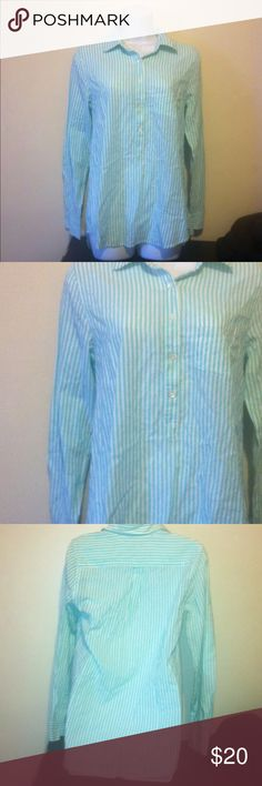 J.Crew Women's Button- Down Size 2 J.crew used women's shirt but in good condition size 2 J. Crew Tops Button Down Shirts