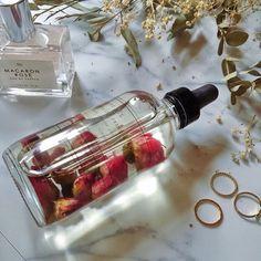 Petal Multi-Use Oil - Aesthetic beauty products - Skincare Beauty Care, Beauty Skin, Beauty Makeup, Beauty Hacks, Hair Beauty, Makeup Style, Beauty Tips, Aesthetic Beauty, Aesthetic Makeup