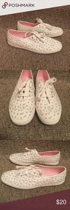 Like New Keds Shoes EUC, barely worn Keds Shoes Sneakers
