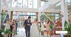 エントランス・ラウンジゲストの祝福が360°すべての方向から伝わる館内