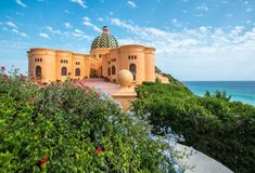Posh Voyage has rated Casa Cuixmala as the top hotel of It is an oceanfront palace hidden on Mexico's Pacific coast. Bungalows, San Antonio, Murs Roses, Reserva Natural, Visit Mexico, Grand Staircase, Mexican Style, Vacation Villas, Travel Pictures