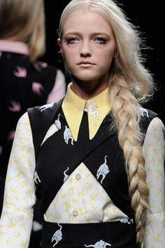 Miu Miu Spring 2010 Ready-to-Wear Collection - Vogue Runway Fashion, Fashion Show, High Fashion, Hipster Hairstyles, Fashion Hairstyles, Alternative Hair, Fashion Details, Fashion Design, Long Braids