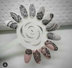 80 Awesome Acrylic Almond Nails Designs - Care - Skin care , beauty ideas and skin care tips Henna Nails, Lace Nails, Gel Nails, Acrylic Nails, Henna Nail Art, Almond Nails Designs, Gel Nail Designs, Mandala Nails, Vintage Nails
