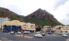 When is the best time of the year to visit Cape Town? Cape Town is known to have 4 seasons in one day, yes it is possible! What is the best time of the year to come to Cape Town to volunteer? Time Of The Year, One Day, Cape Town, Four Seasons, Street View, Dreams, City, Seasons Of The Year, City Drawing