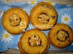 Jablečné mufiny recept - Vareni.cz Bagel, Muffin, Bread, Breakfast, Food, Morning Coffee, Brot, Essen, Muffins