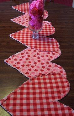 Valentine Table Runner -