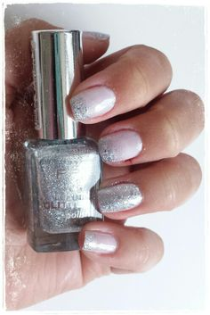 Essie Mademoiselle P2 lost in glitter end up glamorous