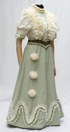 e58888326a turn of the century Manufaktúra Jelmezkölcsönző#. Betti Pu · korhű ruha ...