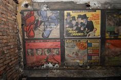 Old film movie posters in disused area at Notting Hill Gate tube station, London - 2010 | Flickr - Photo Sharing!