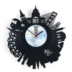 アナログレコードをリサイクルした都市時計【RE_VINYL】