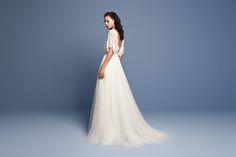 f588744670 Daalarna - Benes Anita divattervező egyedi tervezésű esküvői és alkalmi  ruhái. Esküvői Ruhák, Divat