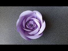 How to Make a Paper Rose Flower (type Rolled Paper Flowers, Wafer Paper Flowers, How To Make Paper Flowers, Giant Paper Flowers, Diy Flowers, Fabric Flowers, Floral Backdrop, Paper Flower Backdrop, Rose Tutorial