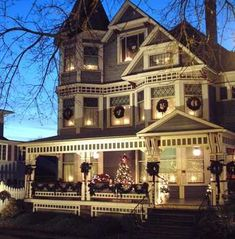 Victorian House Museum in Millersburg gets decked out for holidays: Full House   cleveland.com