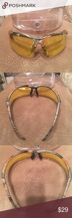 🕶 NEW 🕶 MEN'S SUNGLASSES AS SHOWN 🕶MAKE OFFER🕶 🕶 NEW 🕶 MEN'S SUNGLASSES AS SHOWN 🕶THE FRAME IS A CAMOFLAUGE PLASTIC FRAME WITH YELLOW LENSES🕶MAKE OFFER🕶COMES WITH STORAGE CASE AS SHOWN. 🕶 Accessories Glasses
