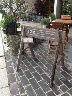 古材を使ったサイン!|リノベーションノート(インテリア、家具、雑貨、建築、不動産、DIY、リノベーション、リフォーム)