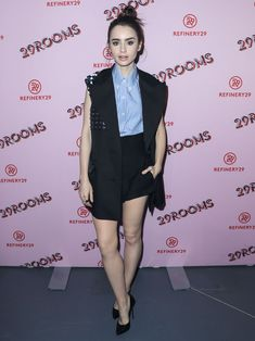 lily-collins-refinery-29-turn-it-into-art-opening-night-in-los-angeles-5.jpg 1,280×1,707 pixels