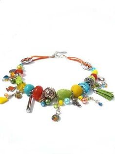Necklace with beautiful color combination. Made by Per Elle www.perelle.nl