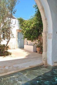 Djerba Island house rental-- courtyard (Tunisian Coast)
