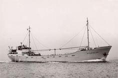 proefvaart 17 juli 1957  STANISLAS   http://vervlogentijden.blogspot.nl/2016/07/elke-dag-een-nederlands-schip-uit-het_18.html