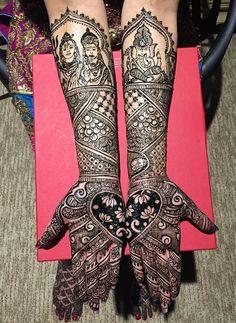 Artistic Tattoos, Mehendi, Beautiful World, I Tattoo, Tattoo Artists, Henna, Stockings, Pattern, Fashion
