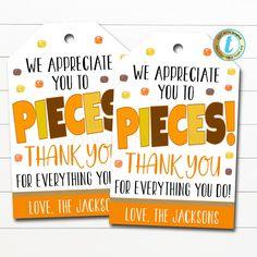 Volunteer Teacher, Volunteer Appreciation Gifts, Volunteer Gifts, Teacher Appreciation Week, Gifts For Volunteers, Volunteer Ideas, Teacher Treats, Teacher Candy Gifts, Staff Gifts