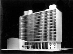 Model : Ministério da Educação e Saúde, Rio de Janeiro Brazil (1936)   Oscar Niemeyer and Lucio Costa