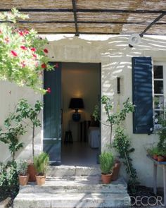 With whitewashed walls and a place to lounge in every room, style icon Inès de la Fressange fashions a faded house in the South of France into the ultimate getaway Outdoor Spaces, Outdoor Living, Gazebos, Casa Patio, Mediterranean Homes, South Of France, Elle Decor, Interior And Exterior, Terrace