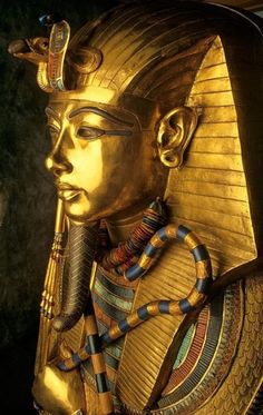 Ancient Egypt ©: The Solid Gold Innermost Coffin of Pharaoh Tutankhamun, Weighing 243 Pounds. Ancient Egyptian Art, Ancient History, Art History, Egyptian Mythology, Egyptian Goddess, Egyptian Symbols, European History, Ancient Aliens, History Museum