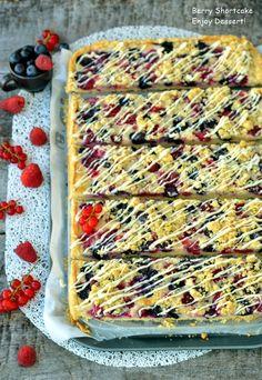 Berry Shortcake Berry, Pie, Cookies, Baking, Desserts, Food, Bread Making, Blueberries, Cake