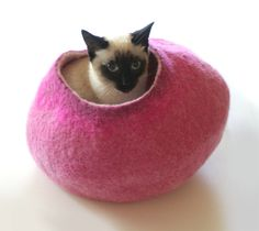 The coziest place for a cat nap. #Etsy