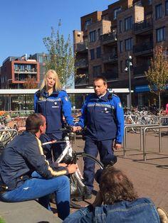 Op 1 oktober zijn de Etten-Leurse BOA's (buitengewoon opsporingsambtenaren) op de foto gezet. Bovendien presenteren de BOA's zich in het najaar in 'hun' wijken. Zij stellen zich dan nader voor.