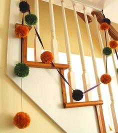 Halloween DIY: Pom-Pom Garland