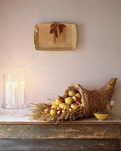 30 Fall Decor Crafts to Feel Warm and Cozy at Home is part of Thanksgiving crafts Cornucopia - Our favorite projects for welcoming fall around your home Fall Crafts, Decor Crafts, Holiday Crafts, Holiday Decor, Diy Crafts, Diy Thanksgiving Centerpieces, Thanksgiving Diy, Thanksgiving Cornucopia, Centerpiece Ideas