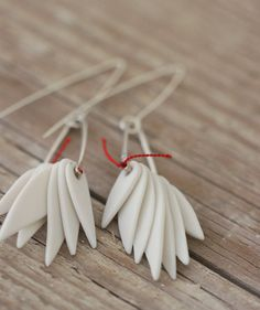 White Leaf Earrings - Porcelain and Sterling Silver Porcelain Jewelry, Ceramic Jewelry, Ceramic Clay, Clay Jewelry, Jewelry Art, White Earrings, Leaf Earrings, White Leaf, Ceramic Artists