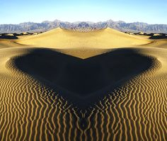 Shadow on a dune - hearts in nature