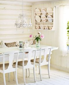shabby chic ~ love this sweet simple dinning room dinning room chairs wooden dinning room chairs dinning table dinning chairs plan dinning room table Cottage Style Homes, Cottage Chic, White Cottage, Shabby Home, Shabby Chic, Modern Pergola Designs, Cottage Dining Rooms, White Painted Furniture, Vintage Furniture