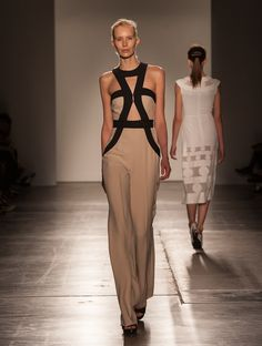 http://www.vogue.com/fashion-shows/spring-2016-ready-to-wear/giulietta/slideshow/collection