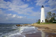 lighthouses | ... Mile Point Light photos - New England Lighthouses: A Virtual Guide