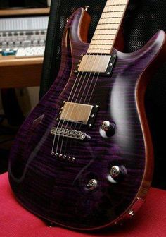 Kiesel Guitars Carvin Guitars